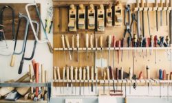 Pliers vs Wrenches – What's the Difference?