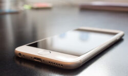 Is it Worth Getting Specialist Insurance for Your iPhone?
